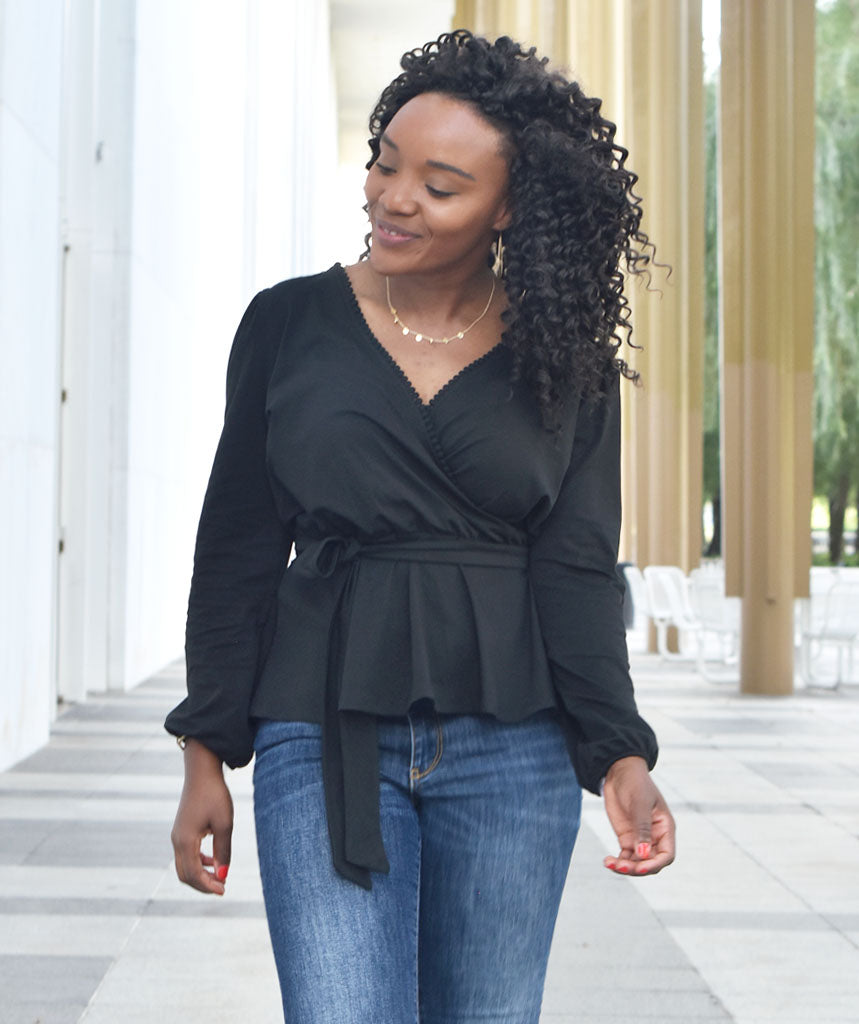 The GRETCHEN top in Black