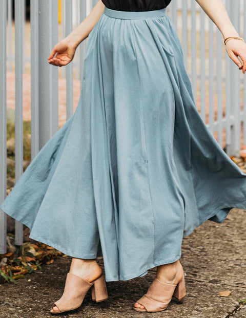 The LEIGH maxi gathered skirt in Smoke Blue