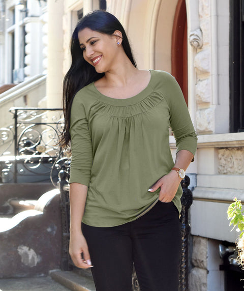 The EMBER tee in Olive