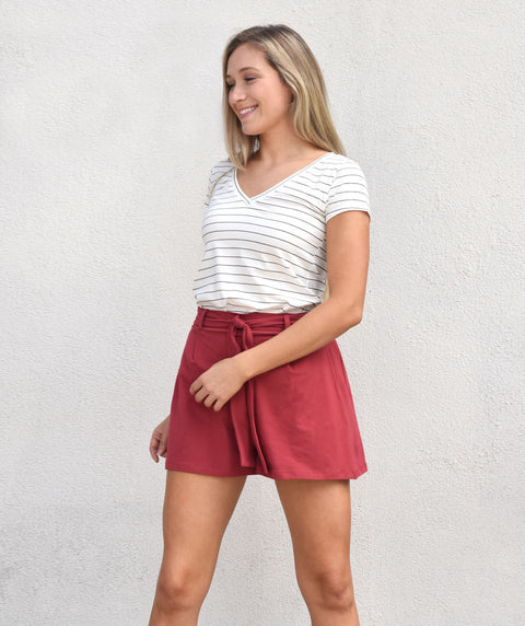 The LOGAN short in Auburn Red