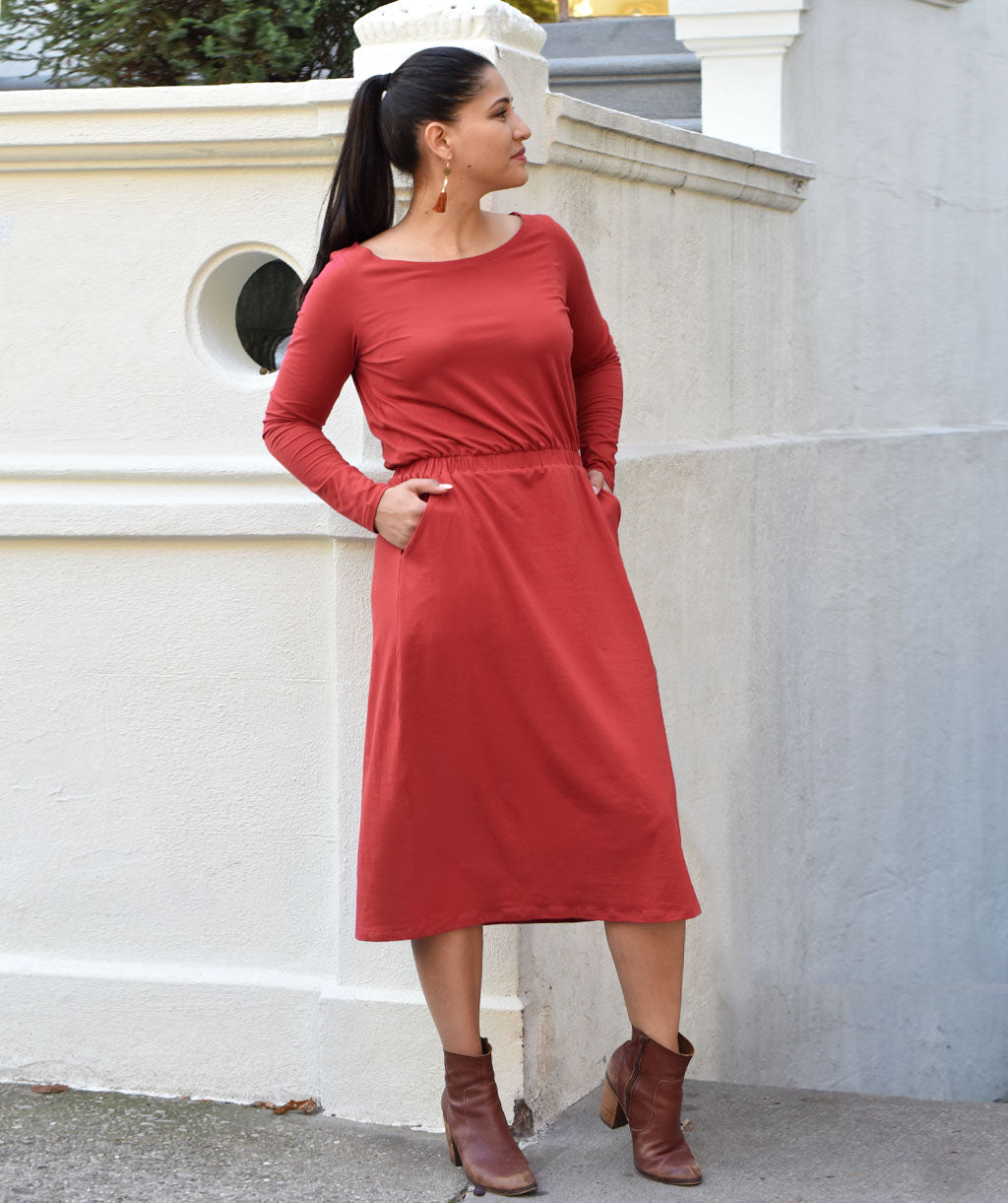 The GIANNA dress in Auburn Red