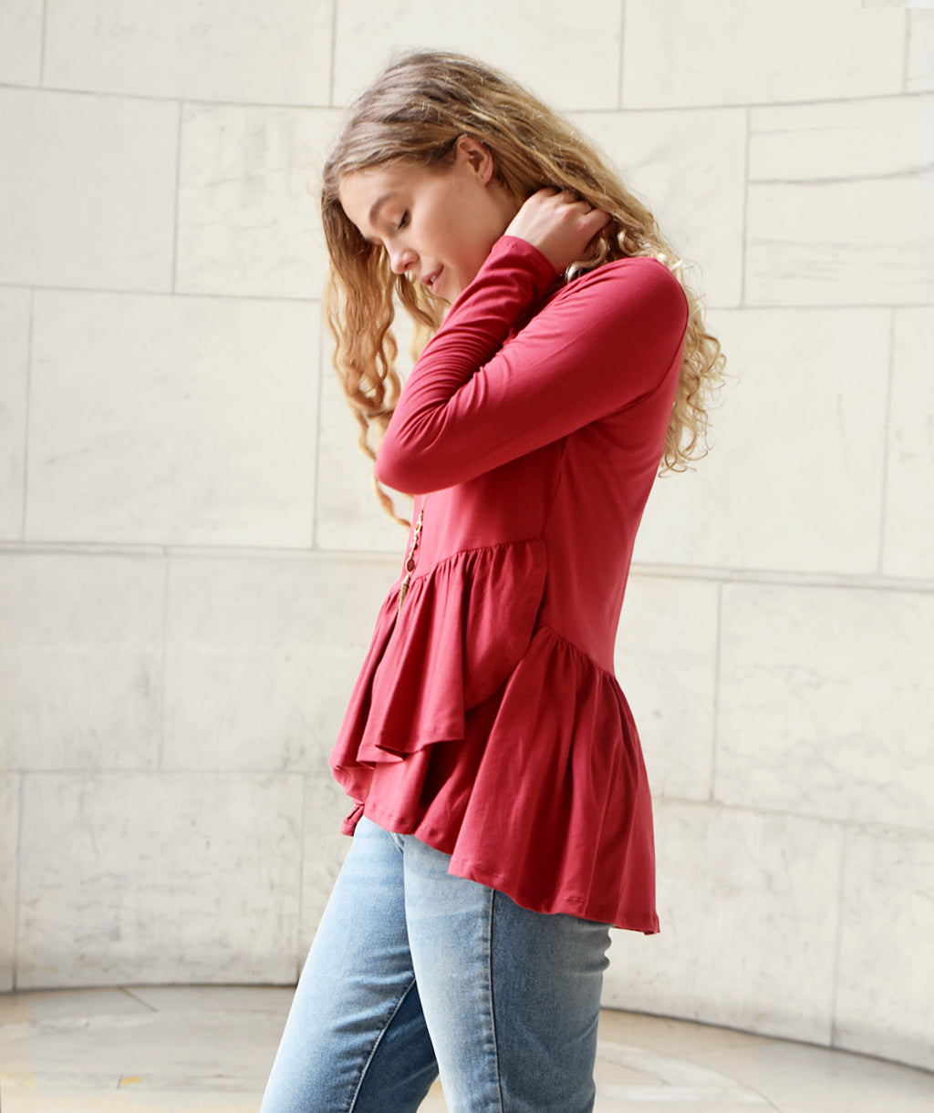 The WINTOUR top in Auburn Red