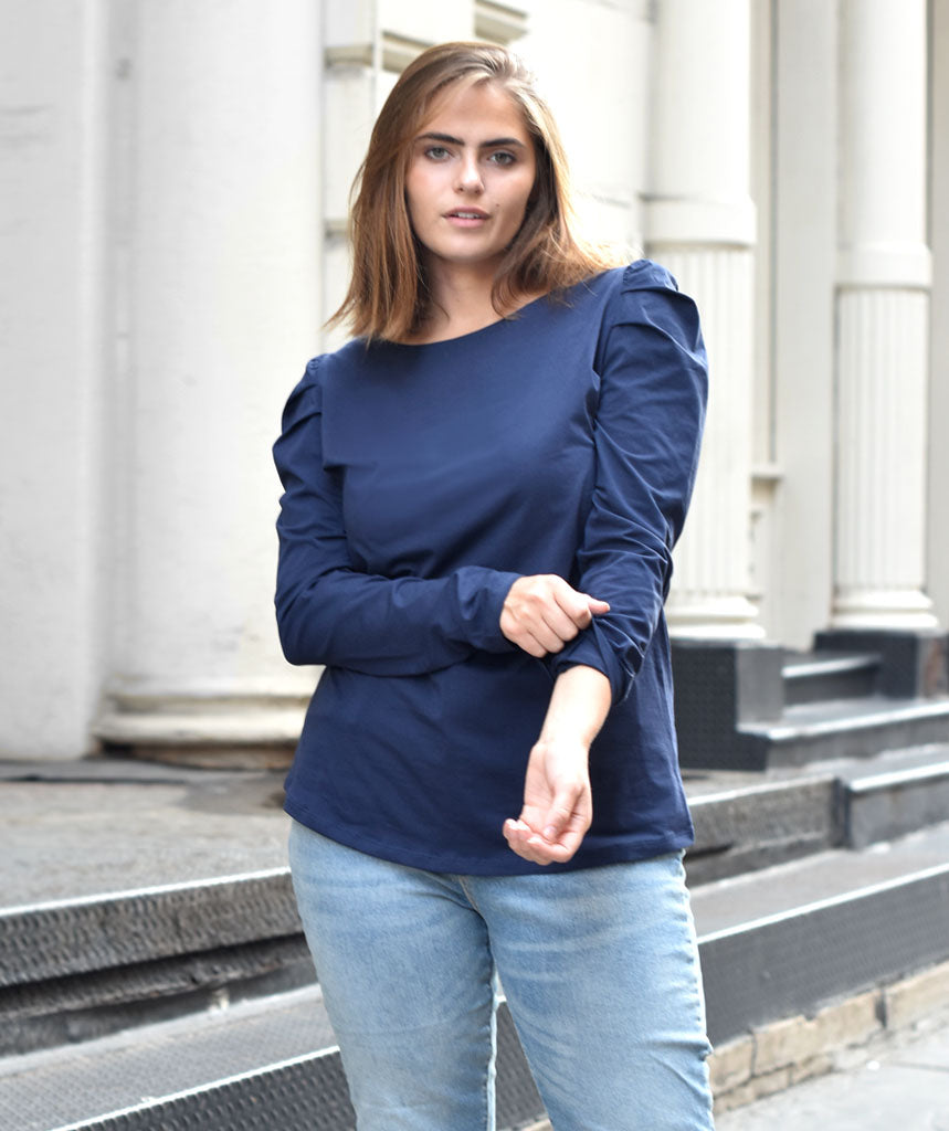 The AUDREY top in Navy
