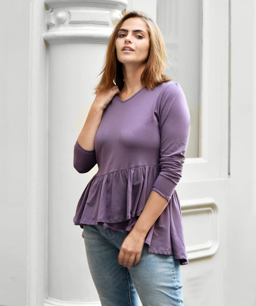 The WINTOUR top in Vintage Violet