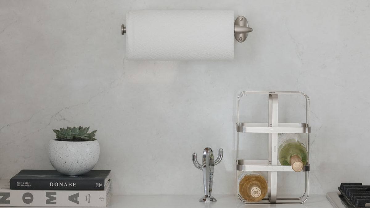 stream wall mounted paper towel holder