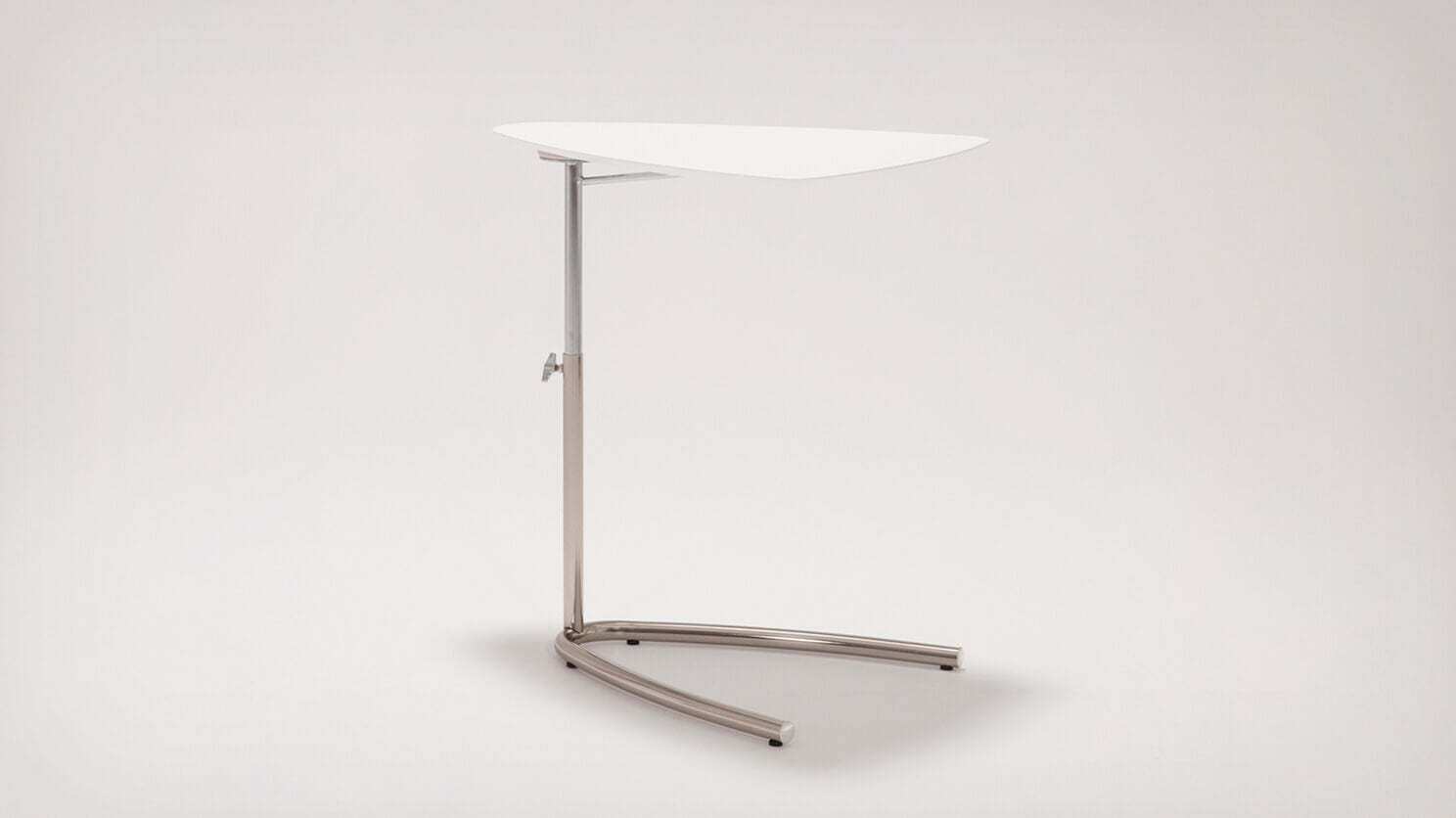 boomerang end table (white)
