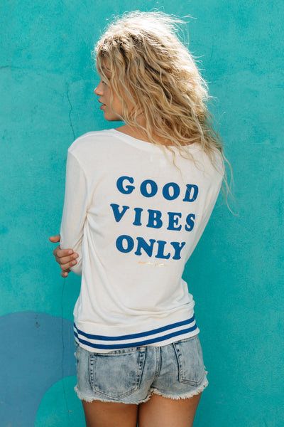 Good Vibes Only V-Neck Pullover - Spiritual Gangster