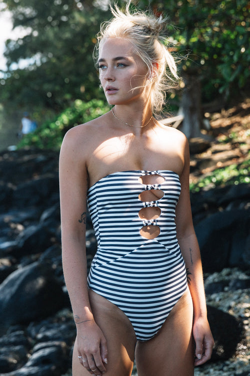 MANTRA ONE PIECE VINTAGE BLACK STRIPE - Spiritual Gangster