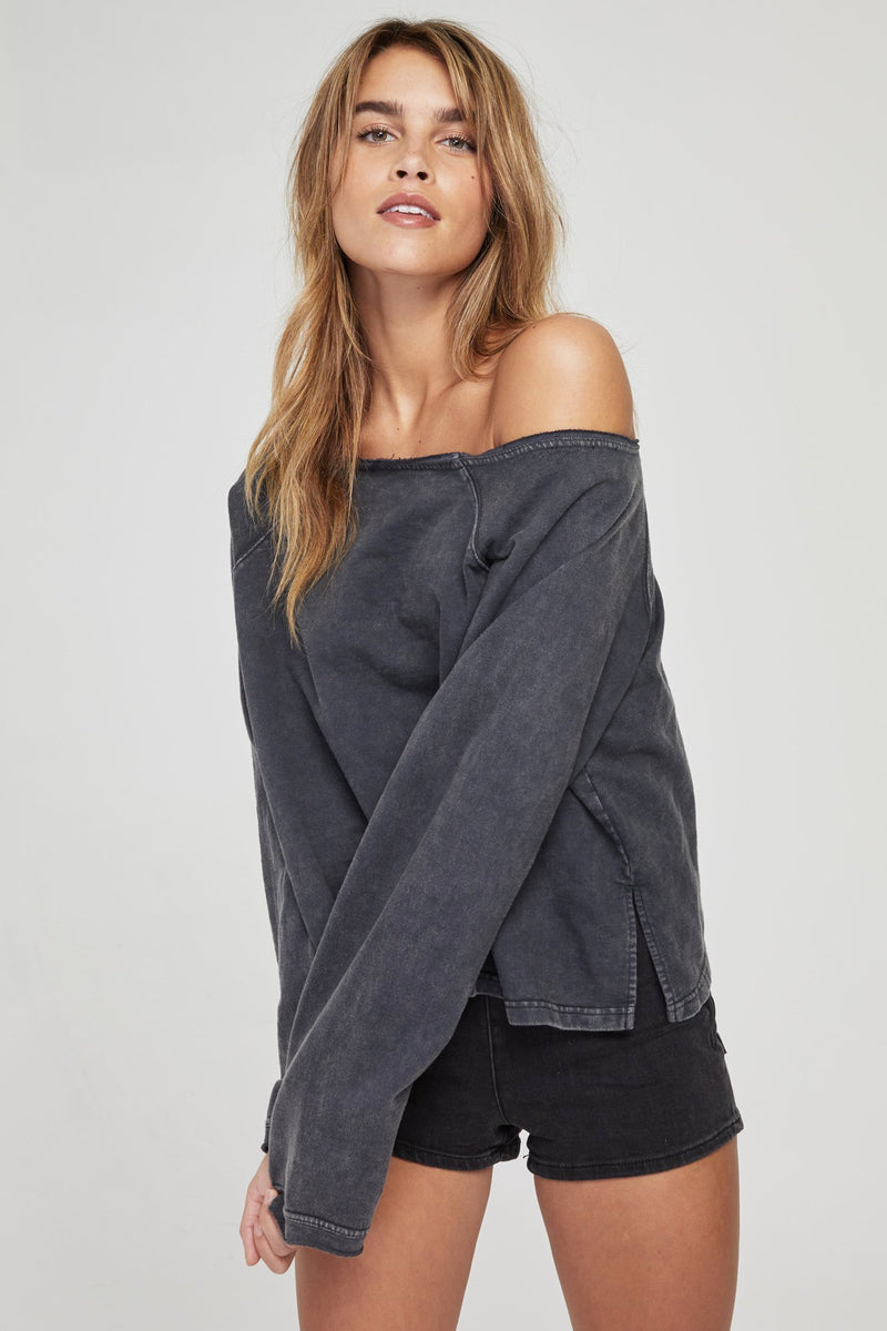 OFF THE SHOULDER SWEATSHIRT