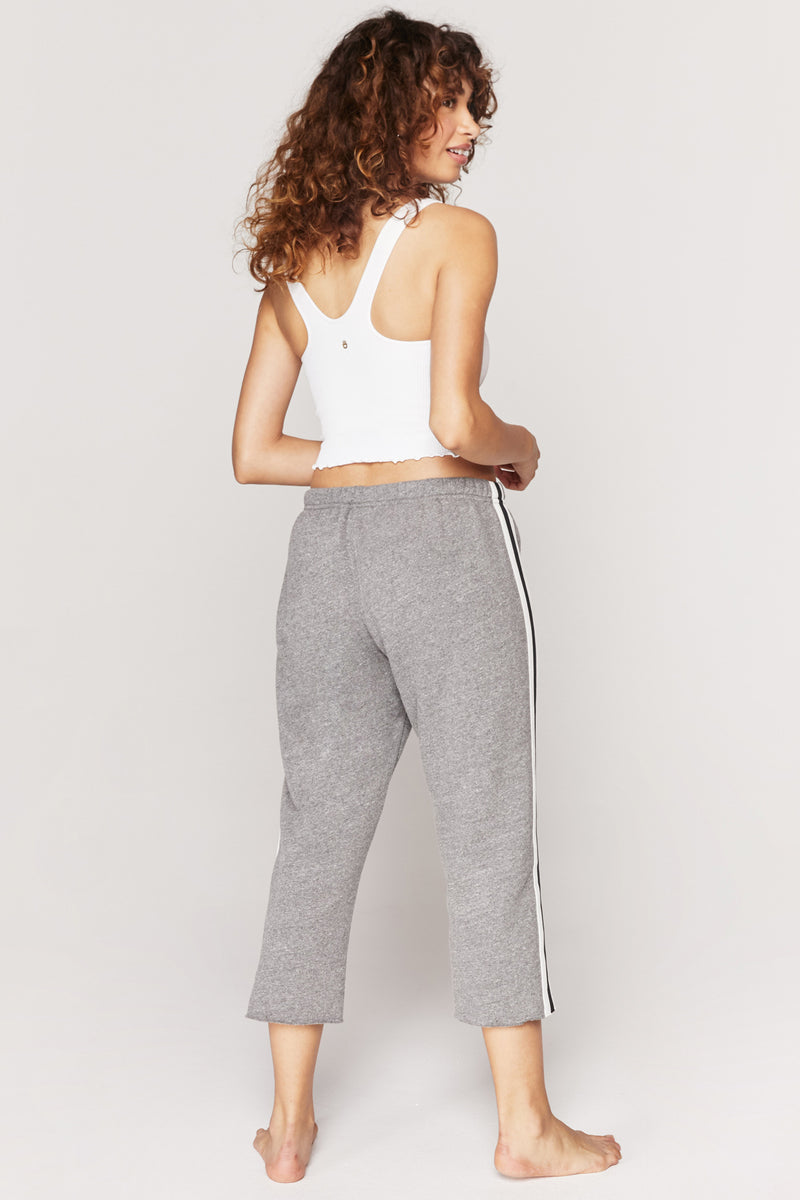 CARLI CUT OFF SWEATPANT