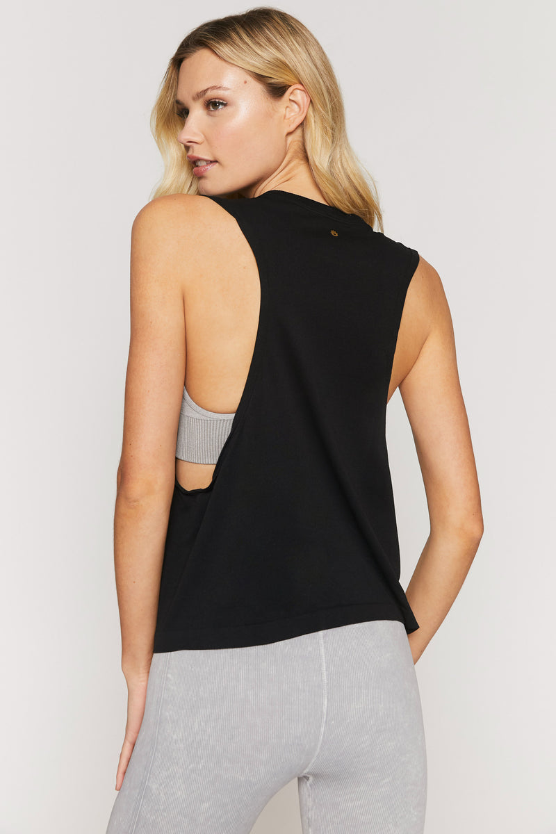 Peace Active Flow Top