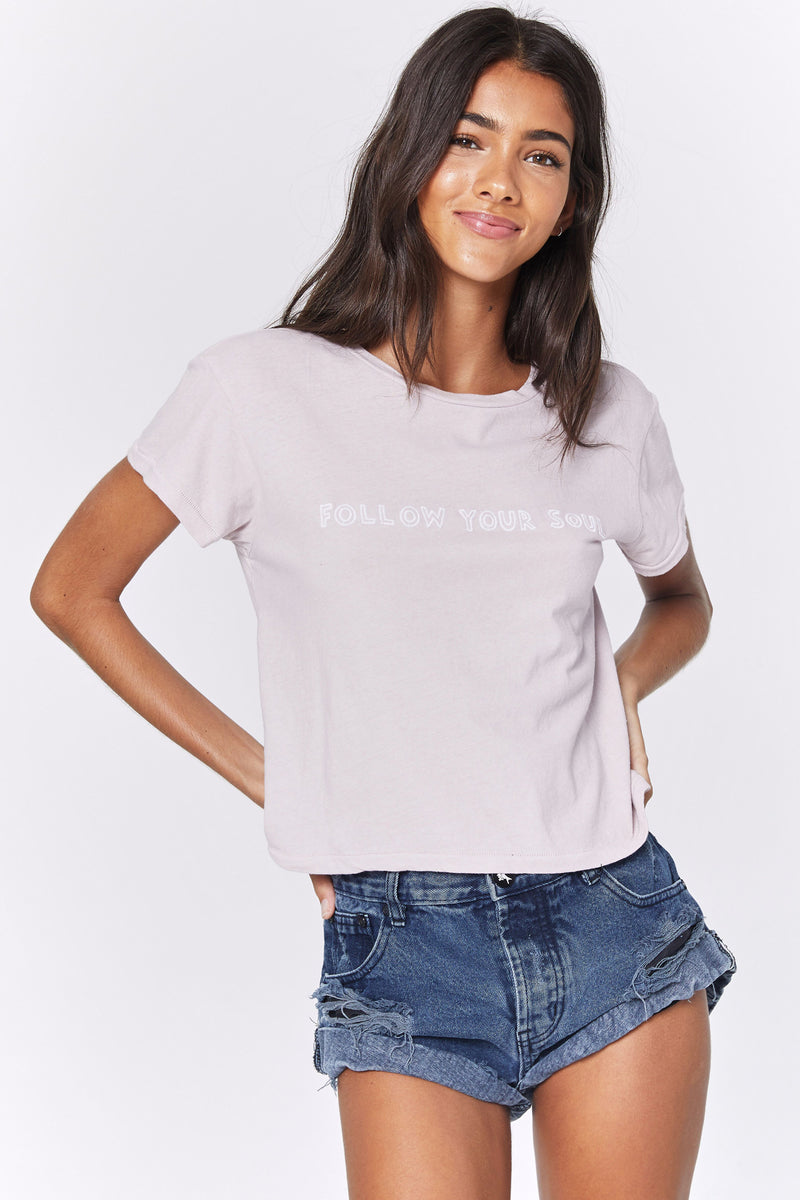 FOLLOW YOUR SOUL VINTAGE CROP TEE