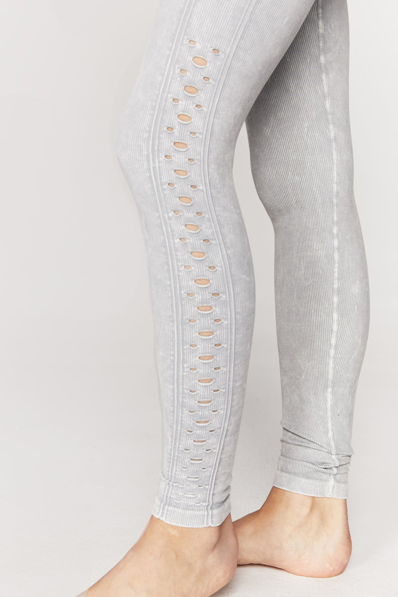 SELF LOVE SEAMLESS LEGGING