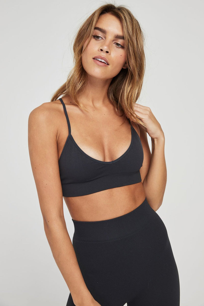 SELENE SEAMLESS TRIANGLE BRA