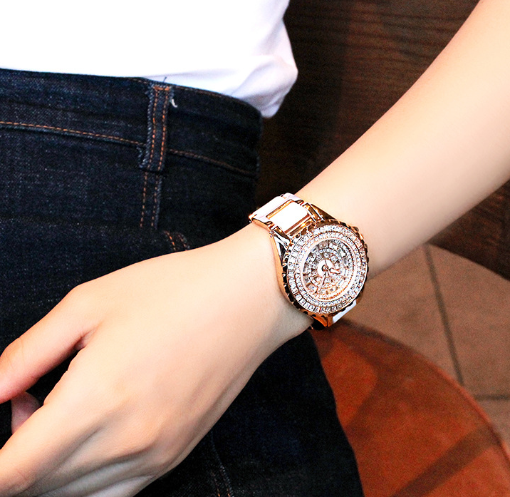 Lady Dress Quartz Wristwatch Crystals Watch