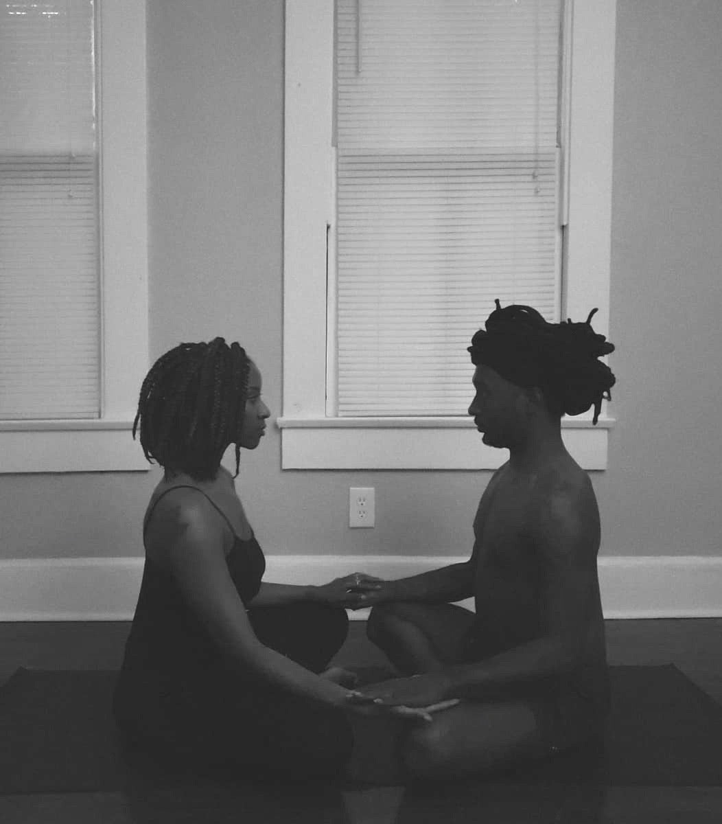 6 Reasons To Practice Yoga With Your Partner