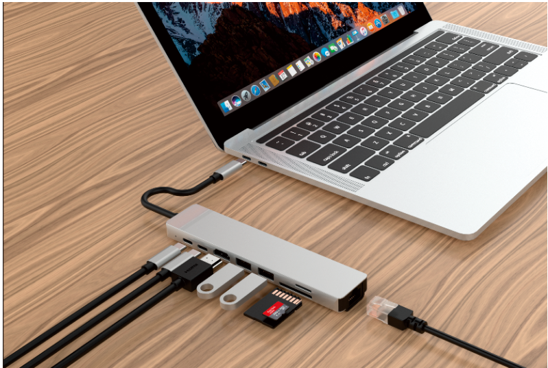 DroiX FX8s USB Type-C Adapter connected to a laptop
