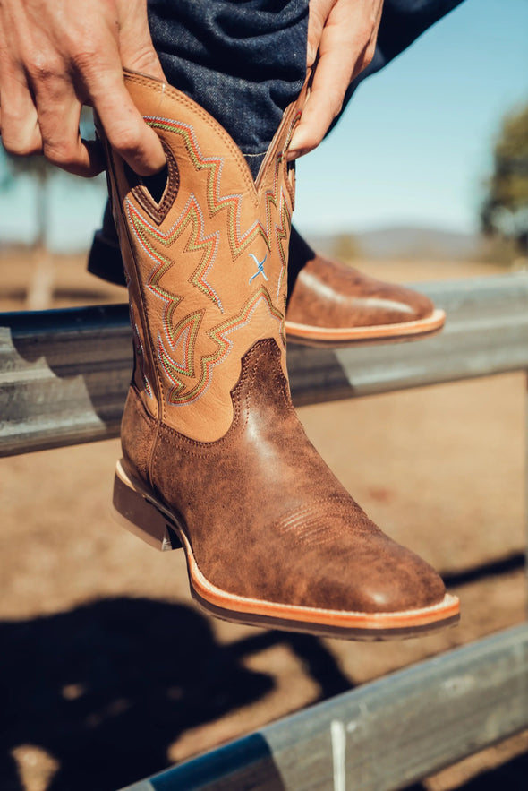 Twisted X Mens All Around Distressed Saddle Water Resistant Cowboy Boots