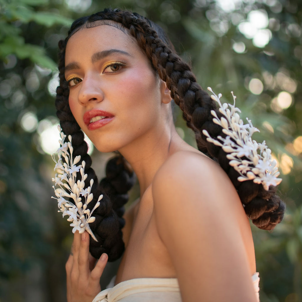 CARLOTA WAX AND PORCELAIN HAIR ADORNMENT