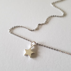 Dainty silver star necklace