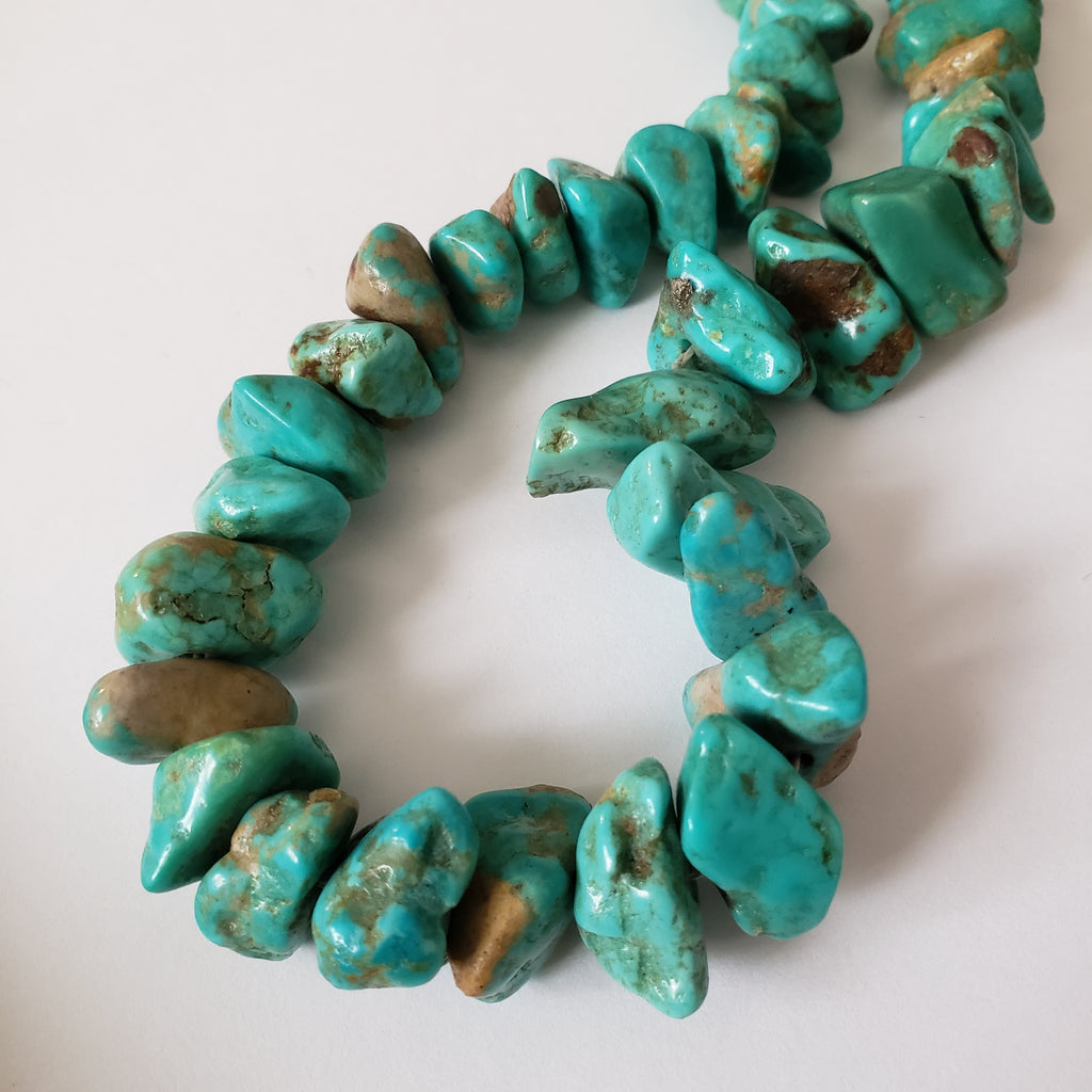 Vintage chunky turquoise bead necklace