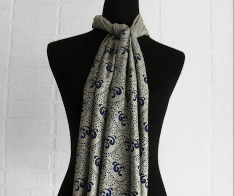 Gray Waves Scarf