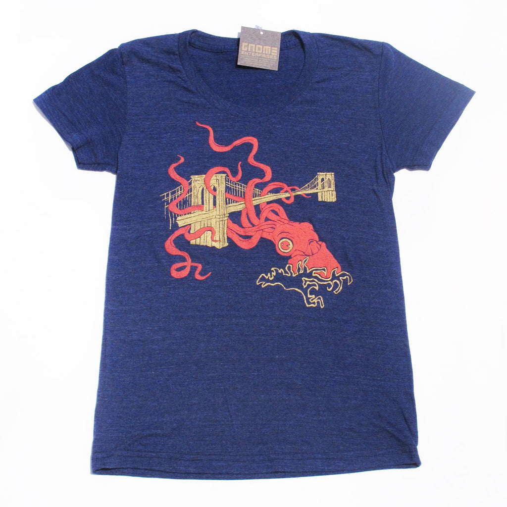 Squid Attack Men's T-shirt - Brooklyn Gifts