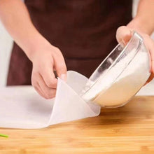 Load image into Gallery viewer, Cooking Pastry Tools Soft Silicone Preservation Kneading Dough Flour-mixing Bag Kitchen Gadget