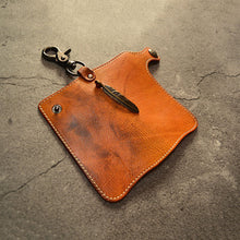 Load image into Gallery viewer, Vintage Leather Solid Color Feather Key Bag