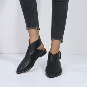 Fashion Pointed Belt Buckle Flat Shoes