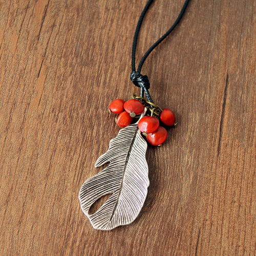 Vintage Ormosia Leaf Pendant Sweater Chain Necklace