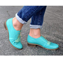 Load image into Gallery viewer, Women Vinatge PU Leather Soft Brogue Shoes