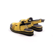 Load image into Gallery viewer, Round Head Thick-strap Buckle Sandals