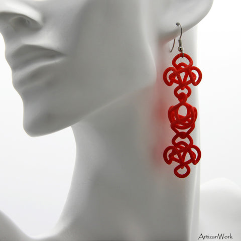 Falling Star Dangling Earrings in Red