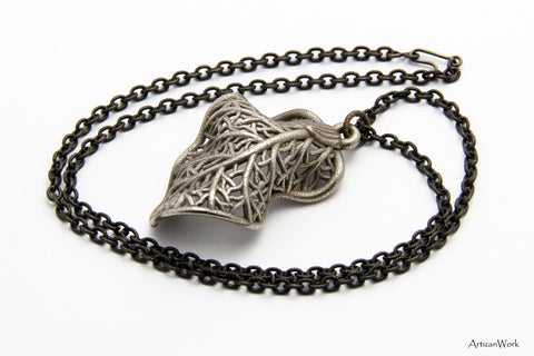 Curled Leaf - Necklace (Stainless Steel)