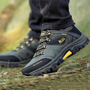 Men's Outdoor Slip Resistant Lace Up Casual Hiking Shoes