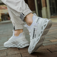 Load image into Gallery viewer, Men's Fashion Breathable Comfortable Non-slip Lightweight Sneakers