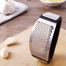 Load image into Gallery viewer, Garlic Press
