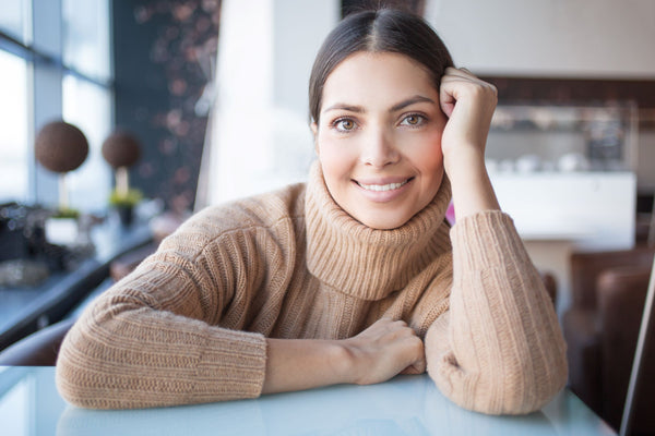 Differences Between 100% Cashmere and Cashmere-Blend Fabrics