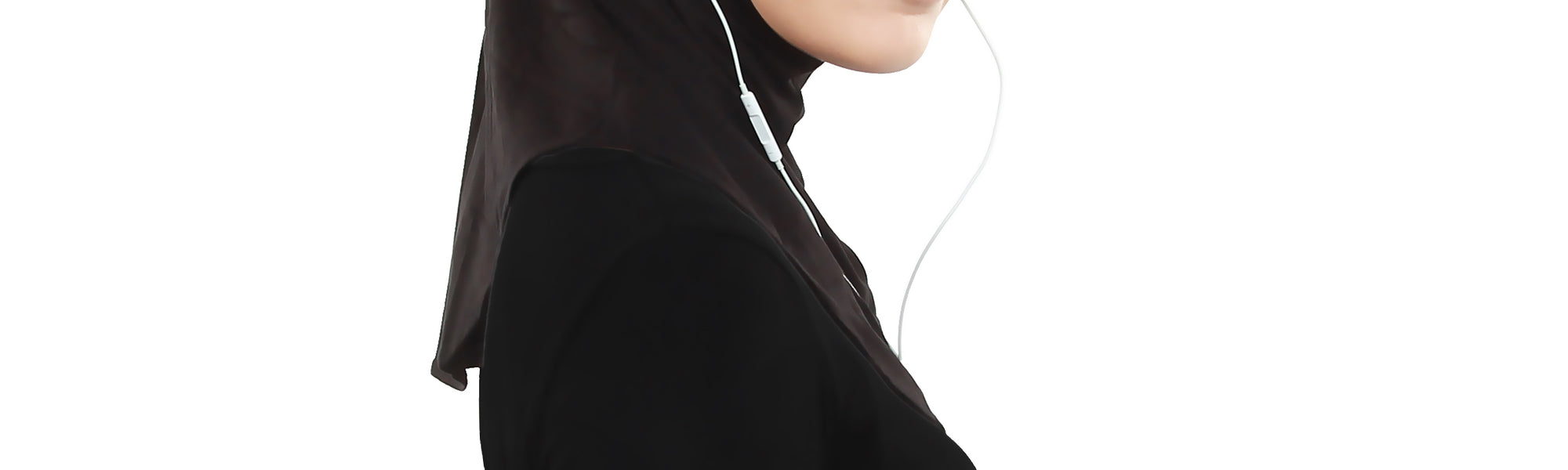 Singapore designer invents the first earphone-friendly hijab - An article by digital media network TheMuslimVibe.com