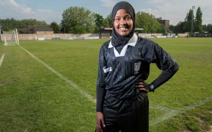"This hijabi referee is dubbed ""the most remarkable referee in England"""