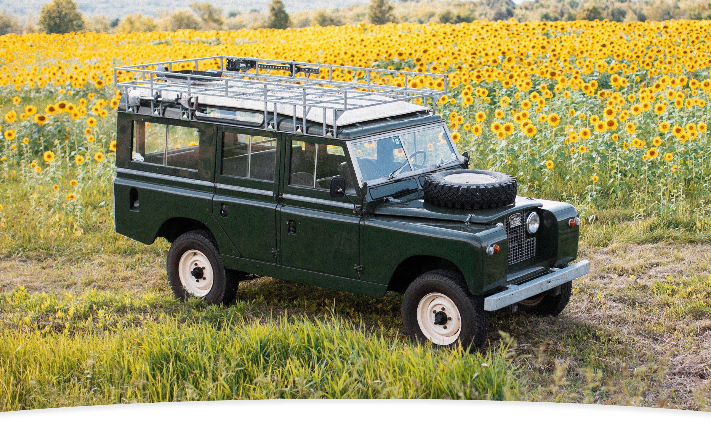 Land Rover Header