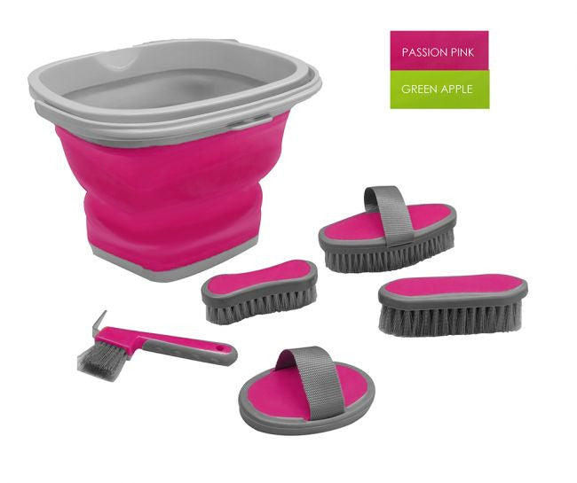 Grooming Kit With Collapsable Bucket - 24011X