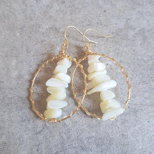 Holetown Hoop Earrings- Pearl (OAK)