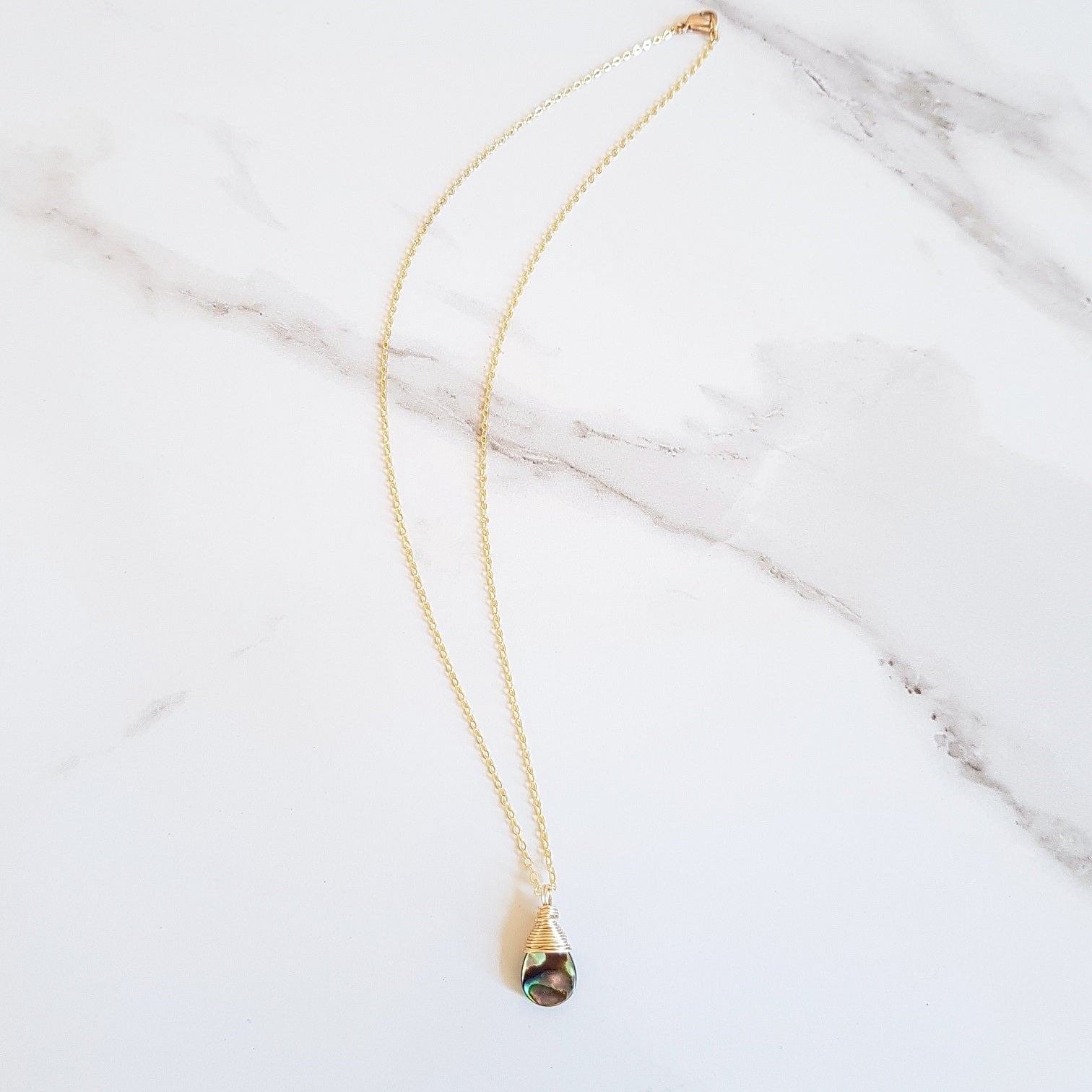Newton Dainty Necklace - Abalone