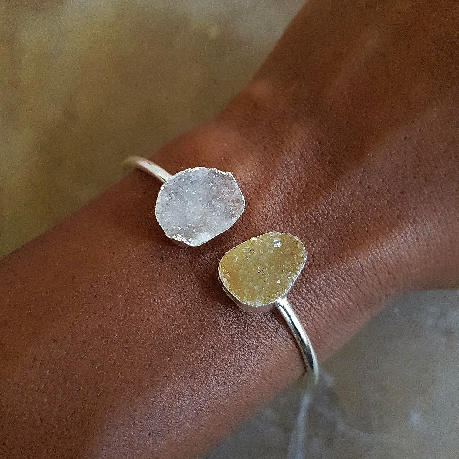 Jekyll & Hyde - Druzy Quartz Bangle (OAK)