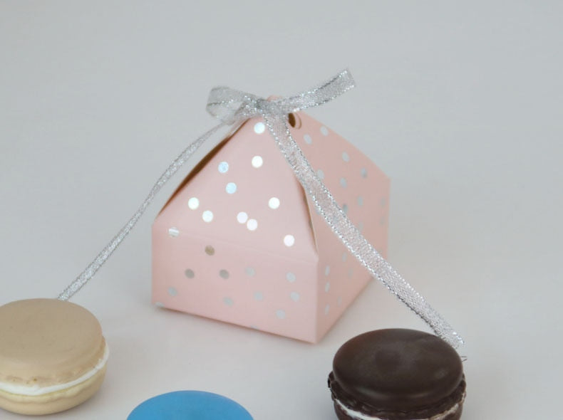 Pyramid Style Wedding Favors Supplies Dot Candy Boxes with Ribbon