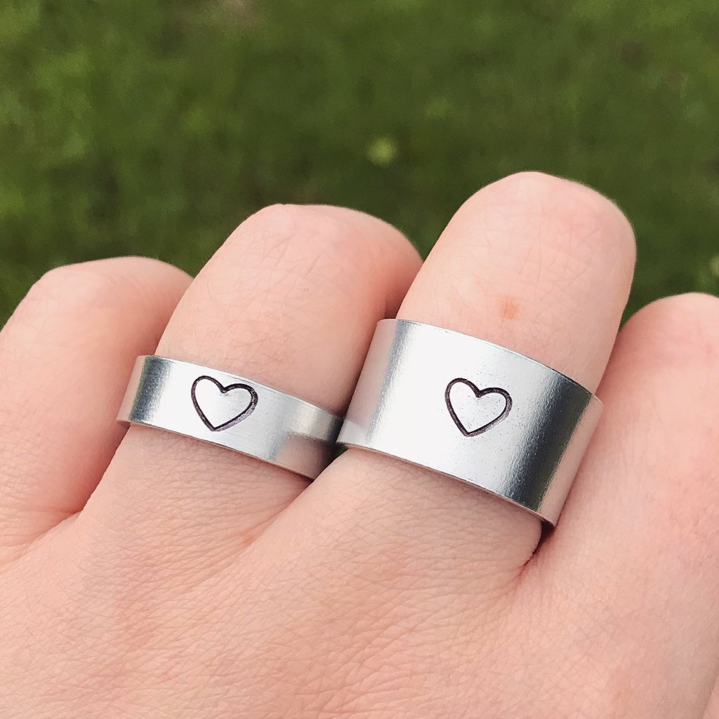 Silver Heart Ring [Thick / Thin Options]