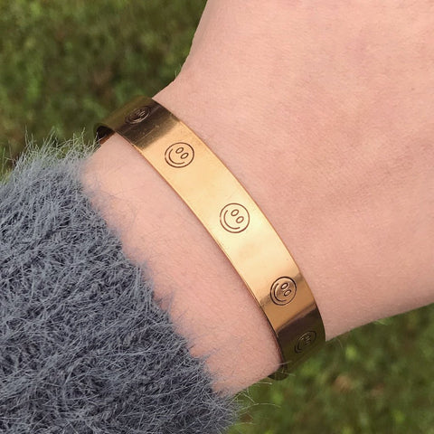 Smiley Face Symbol Cuff Bracelet [Silver / Gold / Copper]