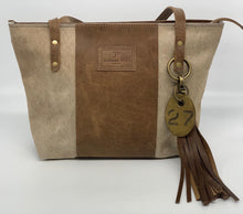 Load image into Gallery viewer, Medium Blonde Palomino Hair-on-Hide Leather Tote Bag